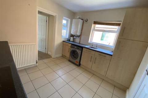 2 bedroom flat to rent - James Street, Kimberley, Nottingham
