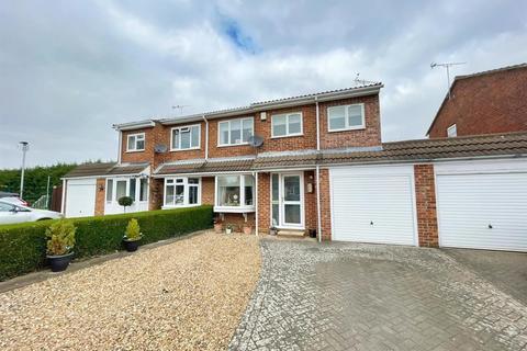 4 bedroom semi-detached house for sale - Hutton Way, Woburn Sands, Milton Keynes