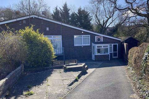 2 bedroom semi-detached bungalow for sale - Nant Talwg Way, Cwm Tawlg, Barry