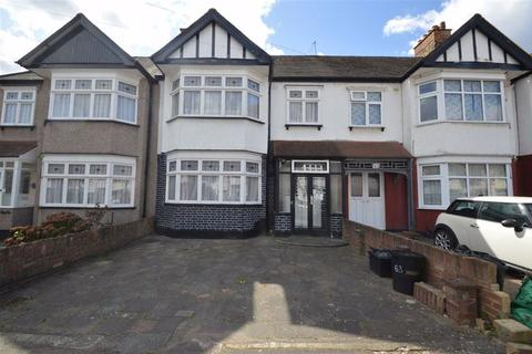 3 bedroom terraced house to rent - Middleton Gardens, Ilford, Essex, IG2