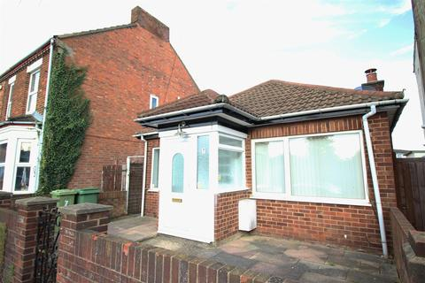 3 bedroom bungalow to rent - Regent Street, Bletchley