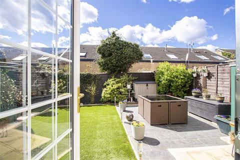 3 bedroom terraced house for sale - South Tenth Street, Central Milton Keynes, Milton Keynes, Buckinghamshire