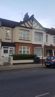 4 bedroom terraced house to rent - Ashvale Road , Tooting Broadway SW17