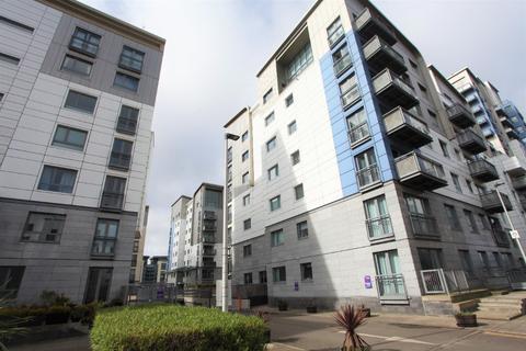 2 bedroom flat to rent - Western Harbour Midway, Newhaven, Edinburgh, EH6