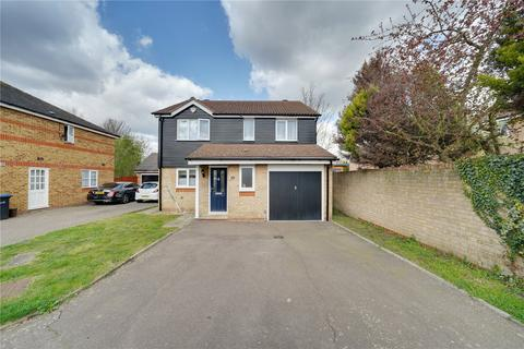 4 bedroom detached house for sale - Warlow Close, Enfield, EN3