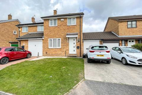 3 bedroom semi-detached house to rent - Redshank Close, Newton Le Willows
