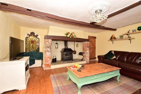 4 bedroom detached house for sale - High Street, Newington, Sittingbourne, Kent