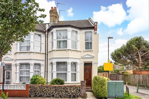 3 bedroom end of terrace house for sale - Meads Road, Wood Green, London, N22