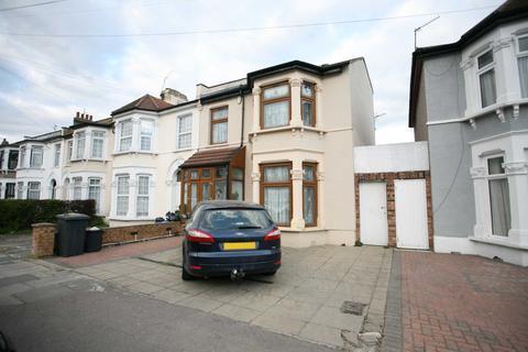 7 bedroom semi-detached house to rent - Pembroke Road, Seven Kings, IG3