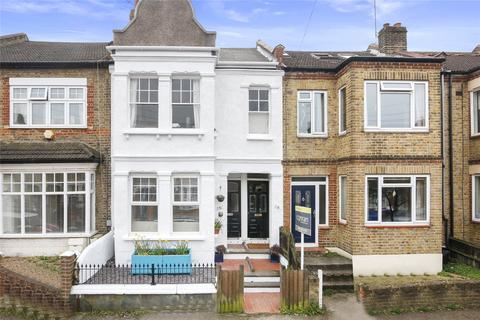 3 bedroom apartment for sale - Eversley Road, Charlton, SE7