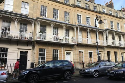 2 bedroom ground floor maisonette to rent - West Mall, Clifton, Bristol BS8