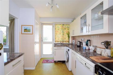 3 bedroom end of terrace house for sale - Raleigh Way, Goring-By-Sea, Worthing, West Sussex