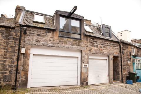1 bedroom mews to rent - William Street South East Lane, West End, Edinburgh, EH3