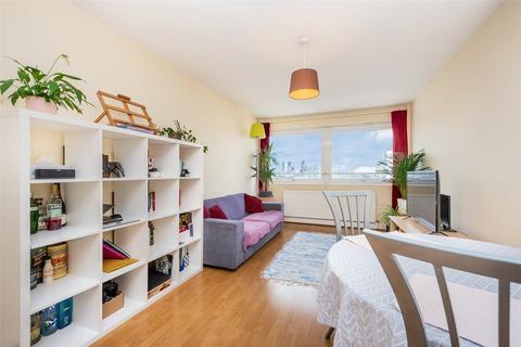 1 bedroom apartment for sale - Park South, Battersea, SW11