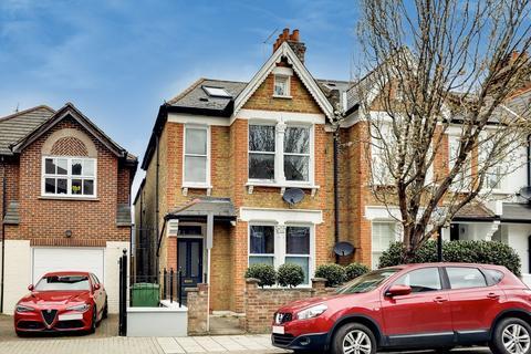 3 bedroom maisonette for sale - Honeybrook Road, London