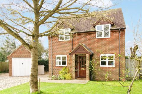 4 bedroom detached house for sale - Worminghall Road, Oakley, Buckinghamshire, HP18