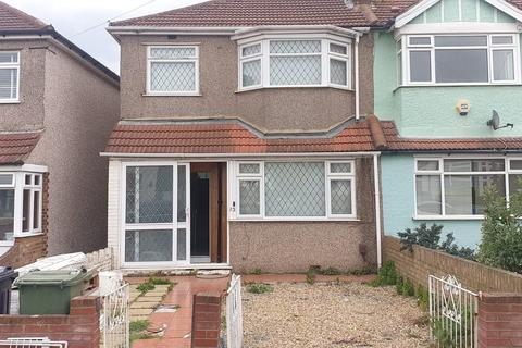 4 bedroom end of terrace house to rent - Woodmansterne Road, Streatham, London SW16