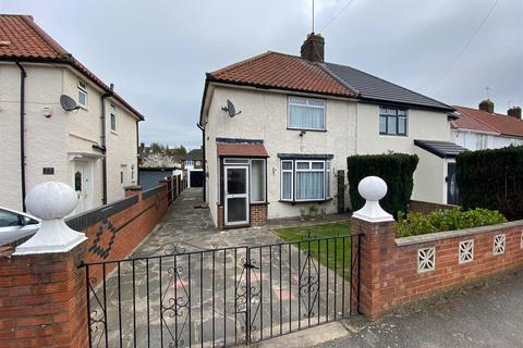 3 bedroom semi-detached house to rent - Minet Drive, Hayes, Middlesex, UB3 3JW