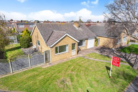 2 bedroom detached bungalow for sale - Pendine Crescent, North Hykeham, LN6
