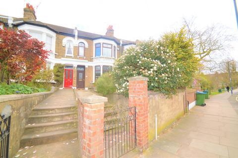 3 bedroom terraced house for sale - Blendon Terrace, London, SE18 7RR