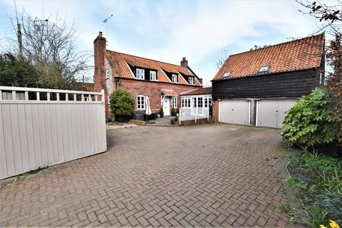 4 bedroom detached house for sale - Gresham, Norwich