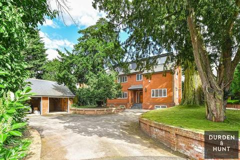 6 bedroom detached house for sale - Thornwood Road, Epping