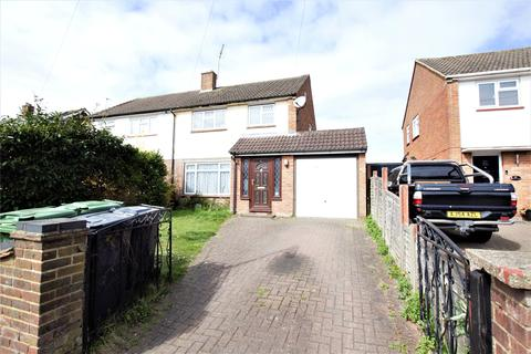 3 bedroom semi-detached house to rent - Kingston Road, Camberley, Surrey, GU15