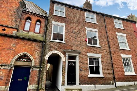5 bedroom terraced house for sale - St. Sepulchre Street, Scarborough
