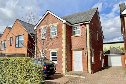 3 bedroom detached house for sale - Monmouth Close, Ringwood, BH24 3AE