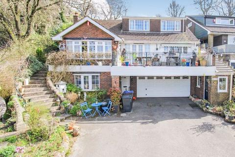 4 bedroom detached house for sale - Pine Ridge, Cheadle Road, Wetley Rocks, ST9