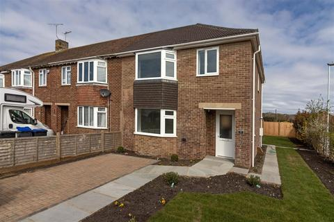 3 bedroom end of terrace house for sale - Burnham Road, Worthing