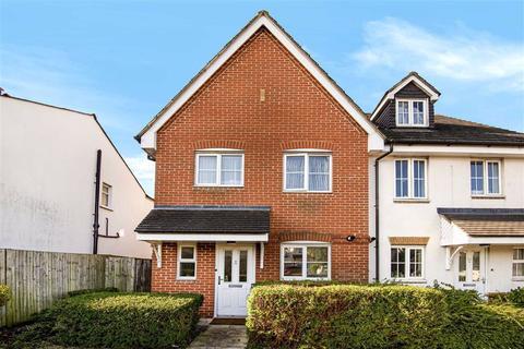 3 bedroom end of terrace house for sale - Southgate Road, Potters Bar, Hertfordshire
