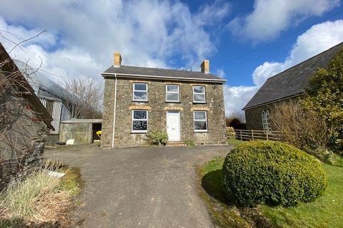 3 bedroom detached house for sale - Coed Y Bryn , Llandysul, SA44