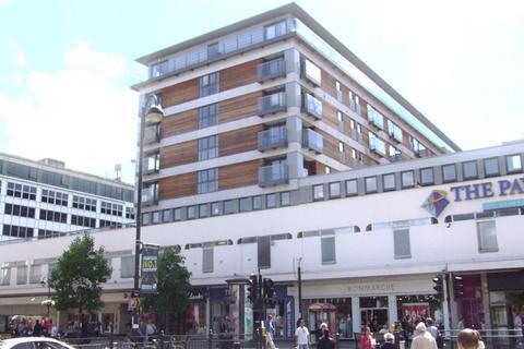 2 bedroom flat to rent - High Street, Uxbridge, UB8