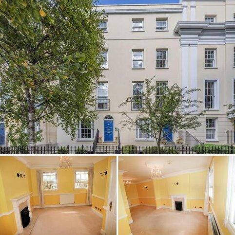 2 bedroom property to rent - London Road, Cheltenham
