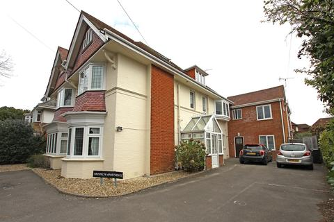 2 bedroom flat for sale - Portchester Road, Bournemouth