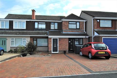 3 bedroom terraced house to rent - Pynne Road, Stockwood, Bristol