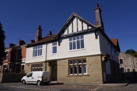 1 bedroom flat to rent - The Kings, Blackburn