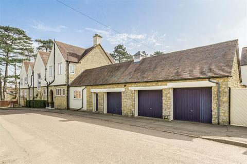 5 bedroom semi-detached house for sale - Bradden Road, Greens Norton, Towcester