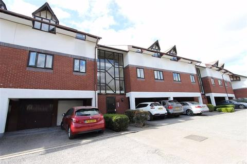 2 bedroom flat for sale - Cosgrove Close, Winchmore Hill, London