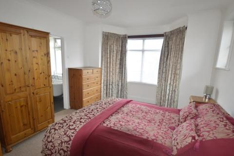 1 bedroom in a house share to rent - Churchfield Road, Poole, Dorset BH15 2QN