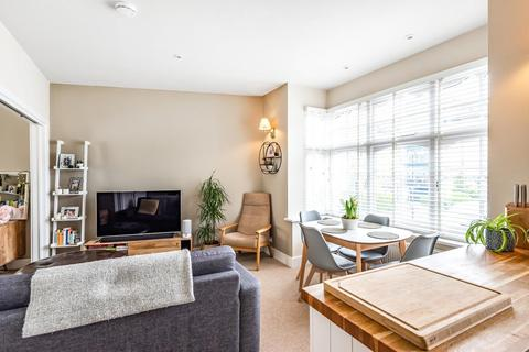2 bedroom flat for sale - Southfield Road, Chiswick