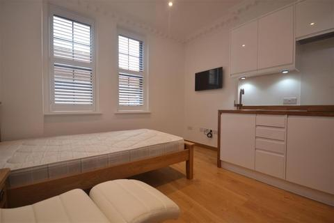 Studio to rent - Whitley Street, Reading, RG2 0EQ