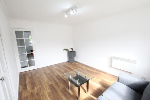 1 bedroom apartment to rent - Inwen Court, Grinstead Road, Deptford, SE8