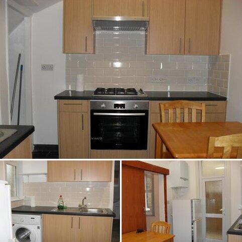 2 bedroom ground floor maisonette to rent - Lyndhurst Road, Wood Green, London N22