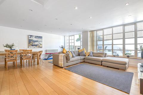 4 bedroom flat for sale - Kings Avenue, Clapham
