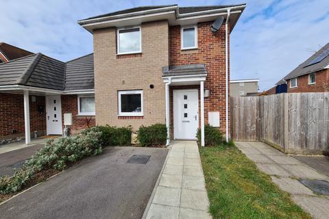 3 bedroom semi-detached house to rent - Oakley Road, Regents Park