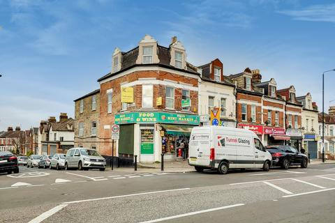 4 bedroom end of terrace house for sale - Camrose Street, Plumstead, SE18