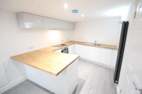 2 bedroom flat to rent - Harrison Gardens, Shandon, Edinburgh, EH11