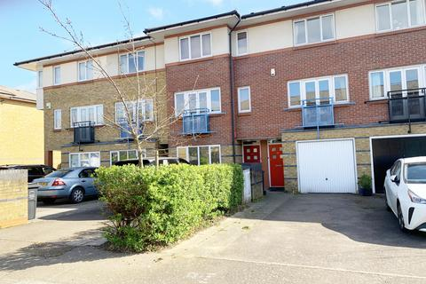 3 bedroom townhouse to rent - Myddleton Avenue, London, N4